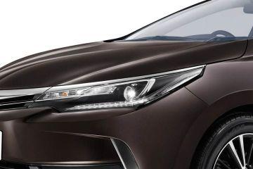 Toyota Corolla Altis Headlight