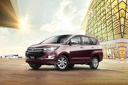 टोयोटा इनोवा क्रिस्टा 2016-2020