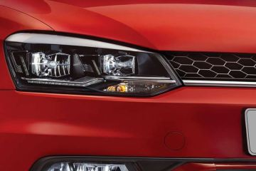Volkswagen Vento Headlight