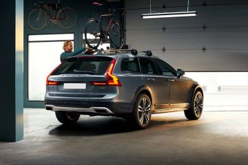 Volvo V90 Cross Country Rear Right Side