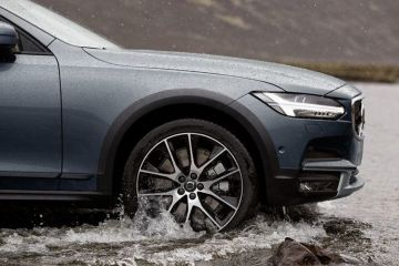 Volvo V90 Cross Country Wheel