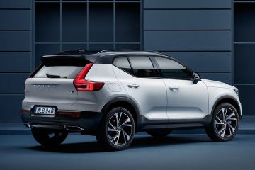 Volvo XC40 Rear Right Side
