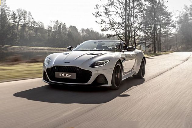 Aston Martin DBS Superleggera Front Left Side Image