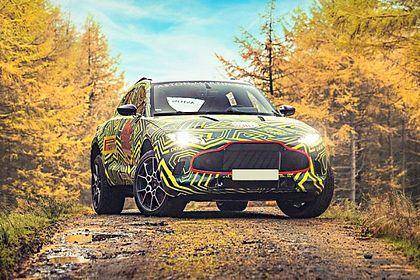 Aston Martin DBX Front Left Side Image
