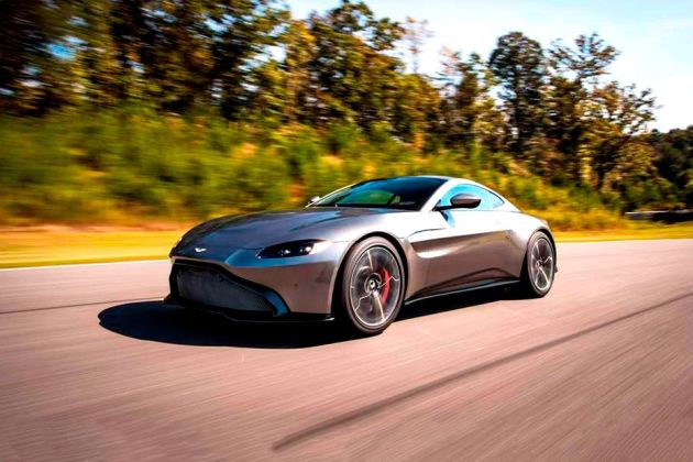 Aston Martin Vantage Front Left Side Image