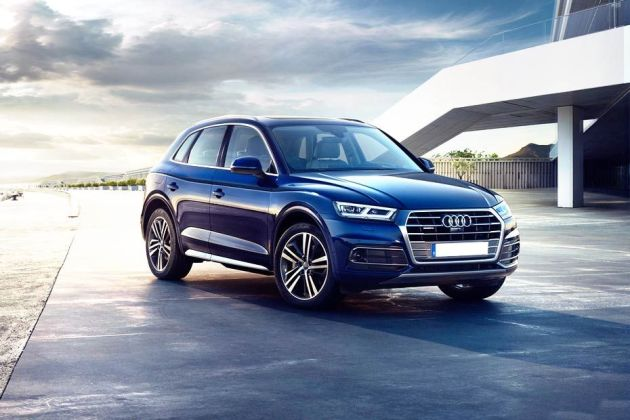 Audi Q5 Front Left Side Image