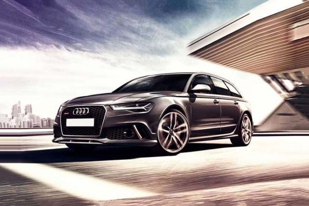 Audi RS6 Avant Front Left Side Image