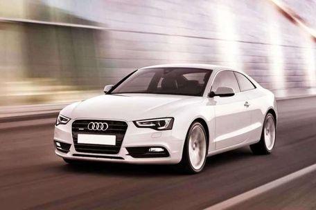 Audi S5 Front Left Side Image