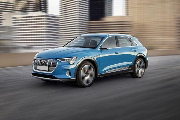 Audi e-tron Front Left Side Image