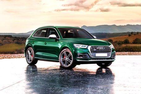 Audi SQ5 Front Left Side Image