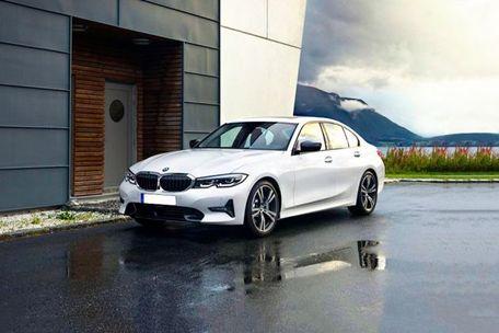 BMW 3 Series 2019 Front Left Side Image