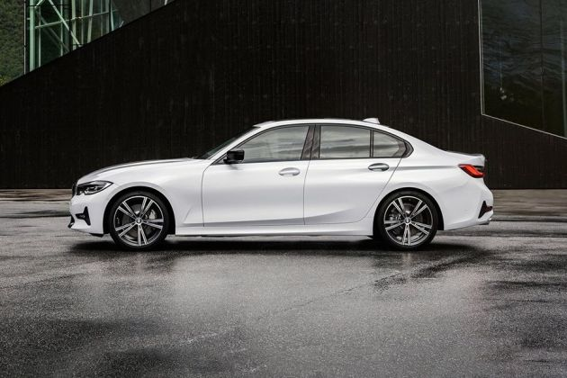 BMW 3 Series 2019 Side View (Left)  Image