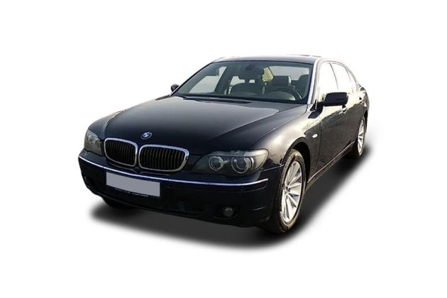 BMW 7 Series 2007-2012 Front Left Side Image