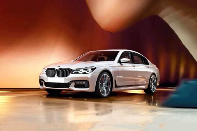 BMW 7 Series Front Left Side Image