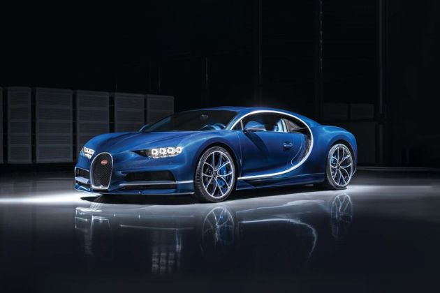 Bugatti Chiron Front Left Side Image