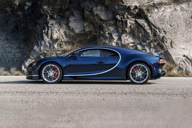 Bugatti Chiron Side View (Left)  Image