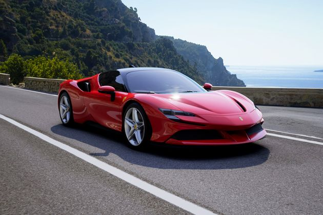 பெரரி sf90 stradale front left side image
