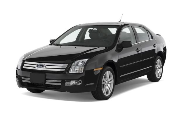 Ford Fusion Front Left Side Image