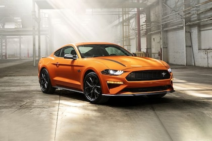Ford Mustang 2021 Front Left Side Image