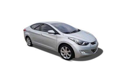 Hyundai Avante Front Left Side Image