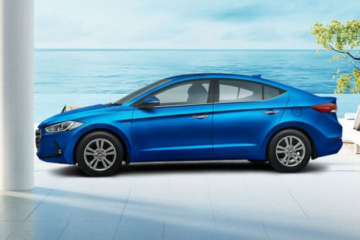 Hyundai Elantra Side View (Left)  Image