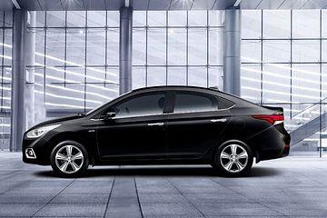 Hyundai Verna Side View (Left)  Image