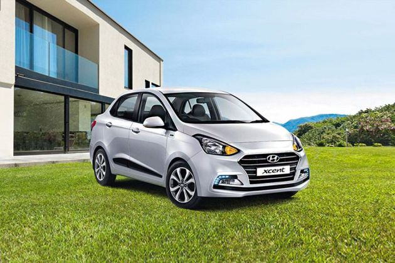 Hyundai Xcent Front Left Side Image