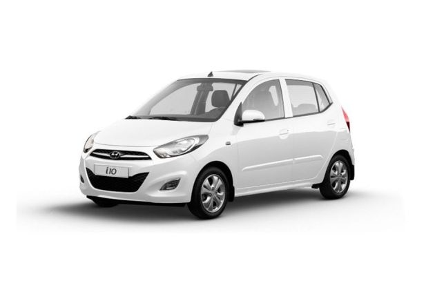 Hyundai I10 Magna 1 1l On Road Price Petrol Features Specs