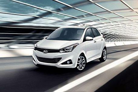 Hyundai i15 Front Left Side Image