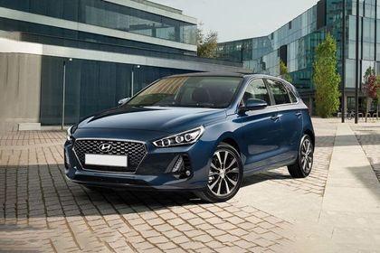Hyundai i30 Front Left Side Image