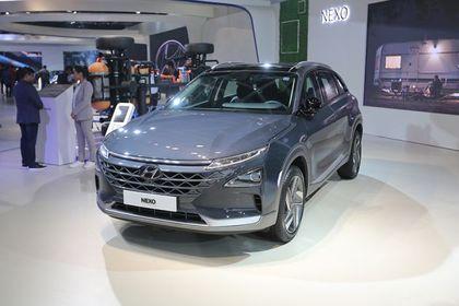 Hyundai Nexo Front Left Side Image
