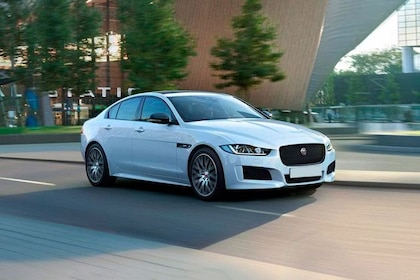Jaguar XE 2016-2019 Front Left Side Image