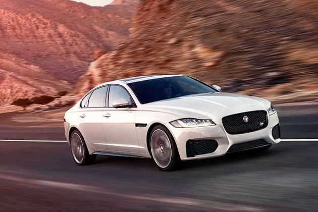 Jaguar XF Front Left Side Image