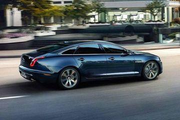 Jaguar XJ Side View (Left)  Image