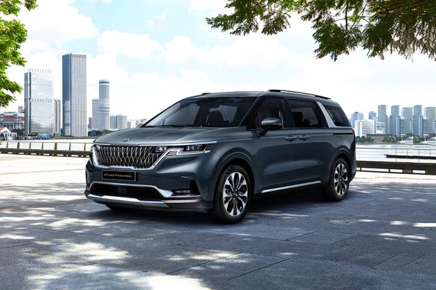 Kia Carnival 2021 Front Left Side Image