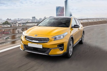 Kia Xceed Front Left Side Image