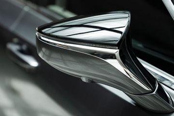 Lexus ES Price, Images, Review & Specs