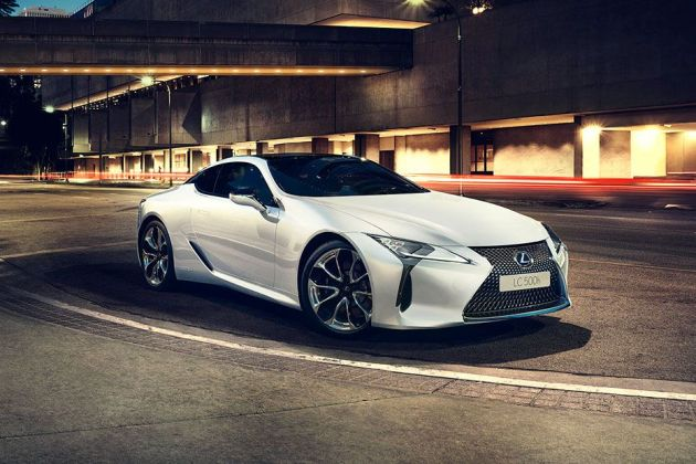 Lexus LC 500h Front Left Side Image