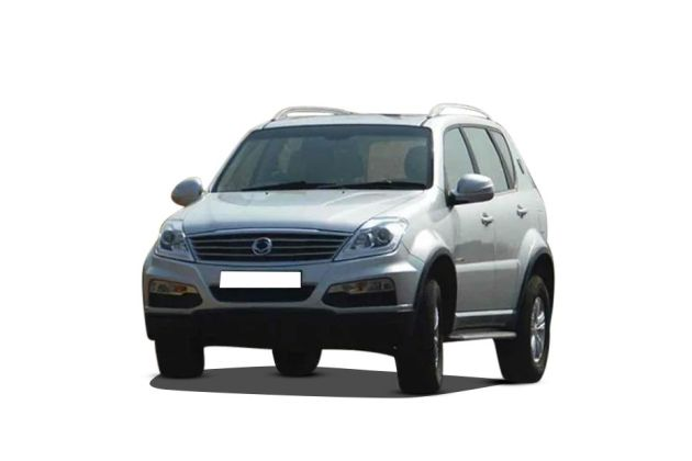 Mahindra Ssangyong Rexton Front Left Side Image