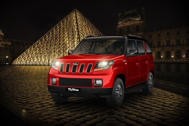 Mahindra TUV 300 Front Left Side Image