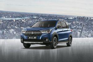 Hyundai Venue vs Kia Seltos Comparison - Prices, Specs, Features