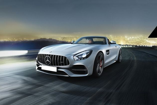 Mercedes-Benz AMG GT Front Left Side Image