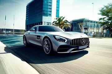 Mercedes-Benz AMG GT Front Left Side Image