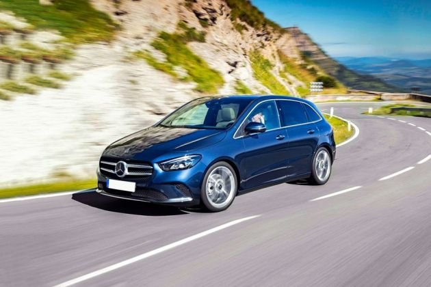 Mercedes-Benz B-Class 2019 Front Left Side Image