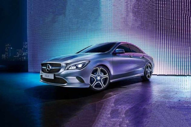 Mercedes Benz CLA Front Left Side Image