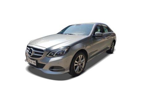 Mercedes-Benz E-Class 2013-2015 Front Left Side Image