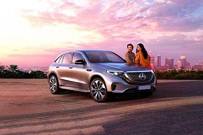 Mercedes-Benz EQC Front Left Side Image