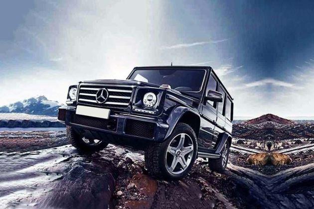 Mercedes-Benz G-Class Front Left Side Image