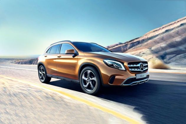 Mercedes-Benz GLA Class Front Left Side Image