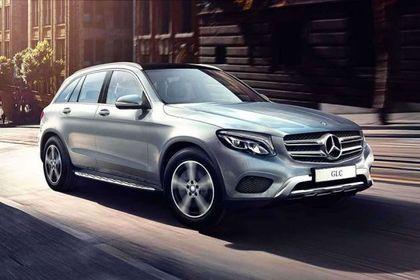 Mercedes-Benz GLC 2016-2019 Front Left Side Image